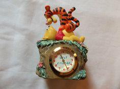 Fantasma Disney Miniature Tigger and Pooh Best Friends Clock