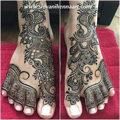 Mehandi Henna Designs Feet, Legs Mehndi Design, Heena Design, Mehndi Art Designs, Beautiful Mehndi Design, Mehndi Images, Mehndi Designs For Hands, Leg Mehndi, Leg Henna