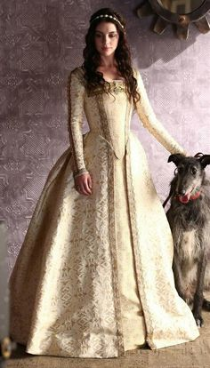 Reign costume - I was born in the wrong time period..