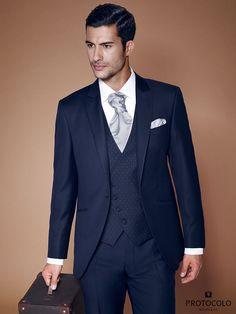traje-de-novio-purchil-azul-oscuro
