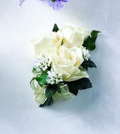 Matt Other Of S Onholes White Freesia And Gypsophila Mothers Corsage Wedding Flowers Jpg 600 1018 Bouquets Pinterest