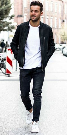 15 Insanely Cool Street Style Looks You Can Steal From This RareTrio Mens Fashion Blog, Best Mens Fashion, Latest Street Fashion, Fashion 2020, Fashion Ideas, How To Wear Denim Jacket, Latest Beard Styles, Architect Fashion, Smart Casual Men