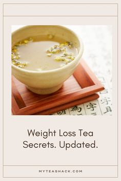 One of the qualities of tea is that it helps weight loss, Combine with diet and exercise this stimulant drink (contains caffeine) is an excellent natural fat burn thanks to its thermogenic capacity. This means that taking tea increases body temperature speeds up cellular metabolism, and therefore eliminates more adipose tissue