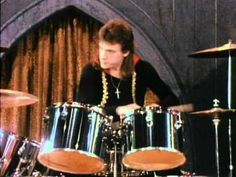 one of my favorite bands!!!!!    Music video by Rush performing Fly By Night. (C) 1975 The Island Def Jam Music Group and Anthem Entertainment