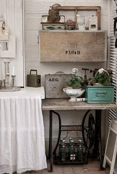 1000 images about sewing machine stands on pinterest - Table machine a coudre singer ...