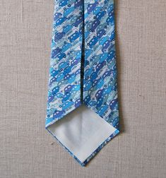 Tie pattern and tutorial from The Purl Bee.