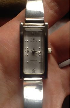 GUCCI WATCH / FREE SHIPPING