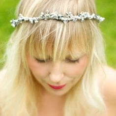 How to make a midsummer inspired bohemian pearl crown hairpiece.
