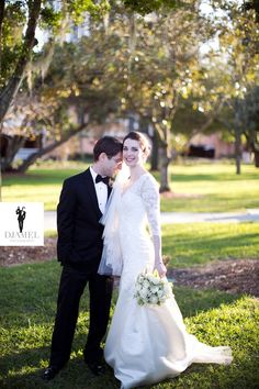 #Feel #emotions & excitement experienced on #marriage #day with #unique and beautiful #photographs of the event. Hire #wedding #photographers in #Tampa online!
