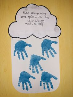 Espectacular Rain rain go away, come again another day. Handprint prepared fun handicrafts that children is going … Rain Crafts, K Crafts, Daycare Crafts, Classroom Crafts, Arts And Crafts, Footprint Crafts, Toddler Art Projects, Spring Crafts For Kids, Preschool Crafts
