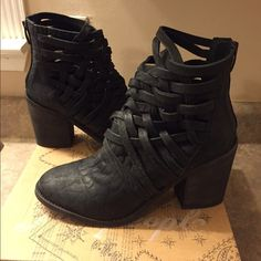 Free People boots Super cute and edgy free people heeled boots! Original box with price tag. Never been worn. Free People Shoes