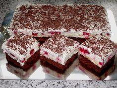 Himbeer - Schoko - Schnitten cookies and cream cookies christmas cookies easy cookies keto cookies recipes easy easy recipe ideas no bake Strawberry Cheesecake Recipe Easy, Sour Cream Cheesecake, Cheesecake Factory Recipes, Homemade Cheesecake, Easy Cheesecake Recipes, Easy Cake Recipes, Healthy Dessert Recipes, Cheesecake Cookies, Summer Desserts