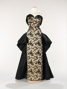 Evening Dress    Pierre Balmain, 1953    The Metropolitan Museum of Art