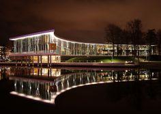 18. HALMSTAD CITY LIBRARY – HALMSTAD, SWEDEN