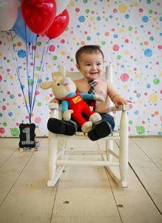 Birthday photoshoot. 1st birthday. Balloons. Harry the Bunny. Baby First Tv.