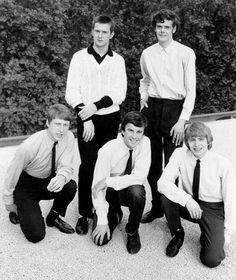 Rock band 'The Yardbirds' pose for a portrait in 1964 in England Eric Clapton Paul SamwellSmith Keith Relf Chris Dreja Jim McCarty