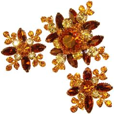 Fabulous JUDY LEE Vintage Rhinestone Brooch Set - Amber Brown Yellow Autumn Fall Colors Vintage Fall, Vintage Type, Vintage Green, Vintage Rhinestone, Vintage Brooches, Vintage Earrings, Bow Design, Fall Leaves, Autumn Inspiration