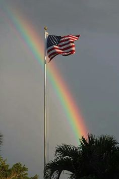 GOD's beautiful rainbow and the USA flag: doesn't get much better than this! His rainbow is a covenant. I Love America, God Bless America, America America, A Lovely Journey, Patriotic Pictures, Patriotic Quotes, Patriotic Flags, Patriotic Symbols, Independance Day