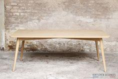 Table à manger 6/8 personnes, esprit vintage, gentlemen designers http://www.gentlemen-designers.fr