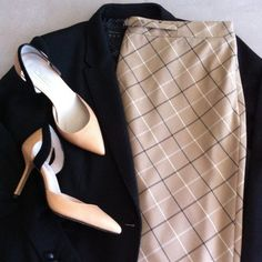 Ann Taylor skirt Excellent condition. Like new. Ann Taylor Skirts