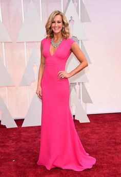 Lara Spencer Sleeveless V-neck Pink Dress Oscars 2015 Red Carpet Lara Spencer, Formal Dresses 2015, Sexy Formal Dresses, Formal Wear, Vestidos Oscar, Vestidos Sexy, V Neck Dress, The Dress, Pink Dress