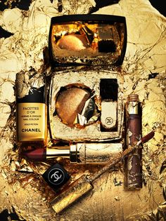 Bronze and gold Beauty Make Up, Beauty Care, Gold Gold, Coco Chanel, Christmas Editorial, Cosmetics & Fragrance, Still Life Photos, Perfume, Artist Management