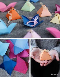 Paper Pyramid // Gestalte Dir Deine Pyramidenboxen fuer persoenliche suesse Geschenke. Ob Schokolade oder Schmuck, mit dieser Geschenkbox laesst sich alles verfuehrerisch verpacken. http://www.marein.ch/basteln/7530/paper-pyramid/