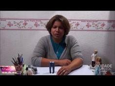 neste vídeo vou mostrar como pinto uma calça jeans e ainda como fazer um sapatinho social..