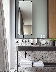 17 Fresh & Inspiring Bathroom Mirror Ideas to Shake Up Your Morning Lipstick Routine - Tall Skinny Mirror 2 - Diy Bathroom, Bathroom Interior Design, Modern Bathroom Mirrors, Contemporary Decor, Bathroom Mirror, Minimalist Bathroom, Bathrooms Remodel, Bathroom Decor, Beautiful Bathrooms