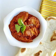 For over a dozen other leftover turkey recipe ideas, check out this page. Easy Leftover Turkey Tomato Curry Yet another recipe in our expanding collection of great leftover turkey meal ideas. I've been tempted to  try leftover turkey in a curry for a while now and I think it works very well in this simple …