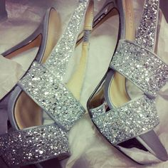 OMG i need them for prom! Fab Shoes, Cute Shoes, Shoes Heels Boots, Me Too Shoes, Sparkly Wedding Shoes, Bridal Shoes, Prom Dress 2014, Prom 2014, Hourglass Figure Outfits