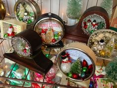 These are about the cutest things I've seen in a long time!  Christmas treasures made from old clocks!
