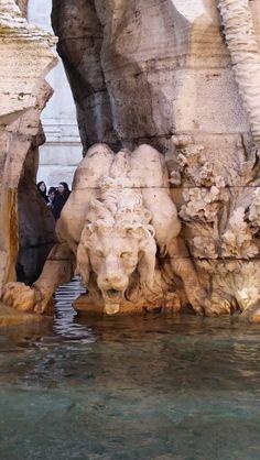 Roma, fontana piazza Navona, particolare.