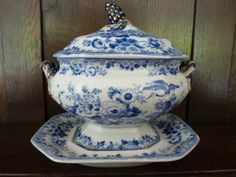 A Pearlware Blue Transferware Sauce Tureen Cover AND Stand 1830 40 | eBay