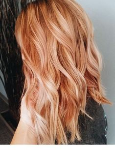 2019 coolest hair color trends ecemella old hair, hair color и blonde hair. Strawberry Blonde Hair Color, Red Hair Color, Blonde Color, Cool Hair Color, Strawberry Blonde Hairstyles, Stawberry Blonde, Strawberry Highlights, Long Hair Colors, Winter Hair Colors