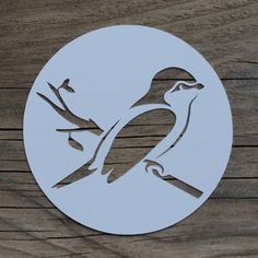 Ideas and Inspirations: DIY: Ostern für unterwegs * Easter for take away Bird Stencil, Stencil Art, Stencil Designs, Bullet Journal Ideas Pages, Garden Care, Tampons, Kirigami, Painting Tips, Paper Cutting