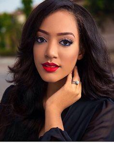Beautiful! Makeup by @casskoncept #Promua#facebeat#mua#makeup#makeupartist#nigerian#nigerianmakeupartist#beautycatalogue#makeupaddict#makeupjunkie#makeupblog#blog#tgc#repost#african#makeupenthusiast#makeupinspiration#darkskinwomen#nigerianmua#eyebrows#eyelashes#makeupforblackwomen#beauty#beautyblog#beautyblogger#gele#asoebi#nigerianbeautyblogger #nigerianmakeup #repost