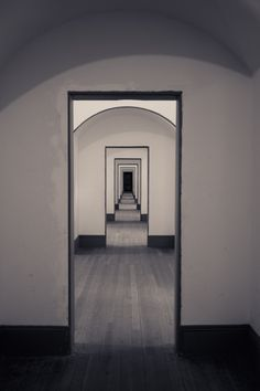 Although these are just thresholds between rooms, their linearity leads them to be perceived  moreso as a corridor