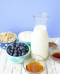 Ingredients for a Blueberry Muffin Smoothie