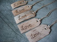 Tags Made from Birch bark.these would be really cute on the party favors for the guests. We could just add your initials in a heart. Diy Arts And Crafts, Fall Crafts, Christmas Crafts, Rustic Crafts, Wood Crafts, Birch Bark Baskets, Birch Bark Crafts, Twig Furniture, Birch Branches
