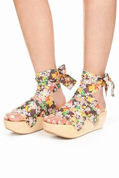 geisha floral wedge - girl by band of outsiders