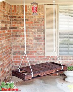pallet furniture-this would be sweet to put in our back yard! Maddox would loveee it!