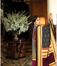Lala Classic Embroidered Linen Suits collection LLE_10B