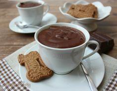 La cioccolata calda cremosa é veramente golosissima e densa come quella del bar, ma fatta a casa. Provatela non la comprerete piú.