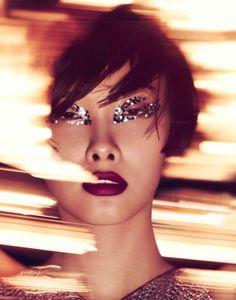 Kwak-Ji-Young-by-Jem-Mitchell-for-Vogue-China,-January-2014--2