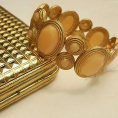 HOST PICK 12/13 NWOT Gold and Cream Bracelet Gold and cream elastic bracelet Boutique  Jewelry Bracelets