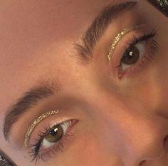 # natural # makeup # for natural makeup for blue eyes - Augen Make-Up - Augenmakeup Make Up Gold, Glitter Make Up, Gold Glitter, Orange Glitter, Glitter Wedding, Makeup Inspo, Makeup Art, Makeup Inspiration, Makeup Ideas