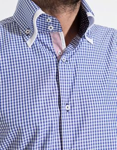 this double collar shirt is preferable to wear on a sunny day