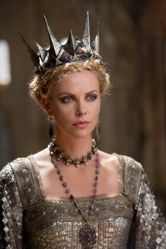 Still of Charlize Theron in Snow White and the Huntsman (2012)