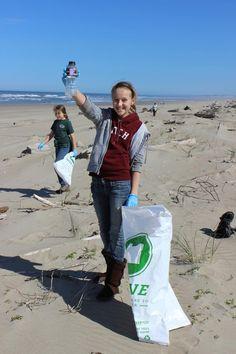 beach clean up volunteer